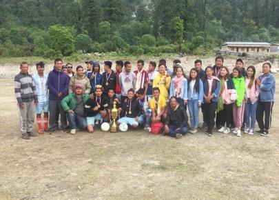 मनाङमा खुल्ला नकआउट फुटबल प्रतियोगिता सम्पन्न
