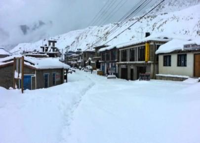 हिमपात र चिसोका कारण मनाङमा विकास निर्माण ठप्प