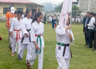 रनिङशिल्ड कराँतेमा महिला तर्पmको ४५ केजी समूहमा मनाङ दोश्रो